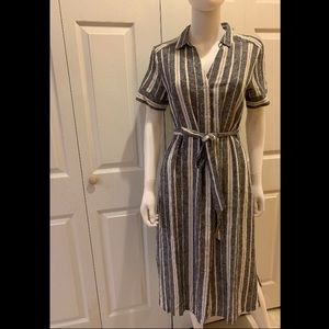 Banana Republic Dresses - Banana Republic Shirt-Dress